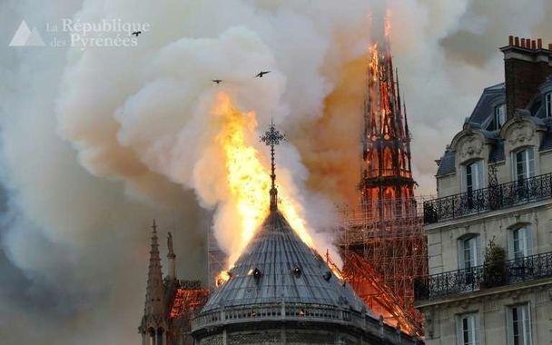 Notre-Dame en flammes (16 avril 2019)