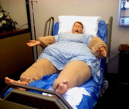 Mannequin dans un 'costume d'obèse'
